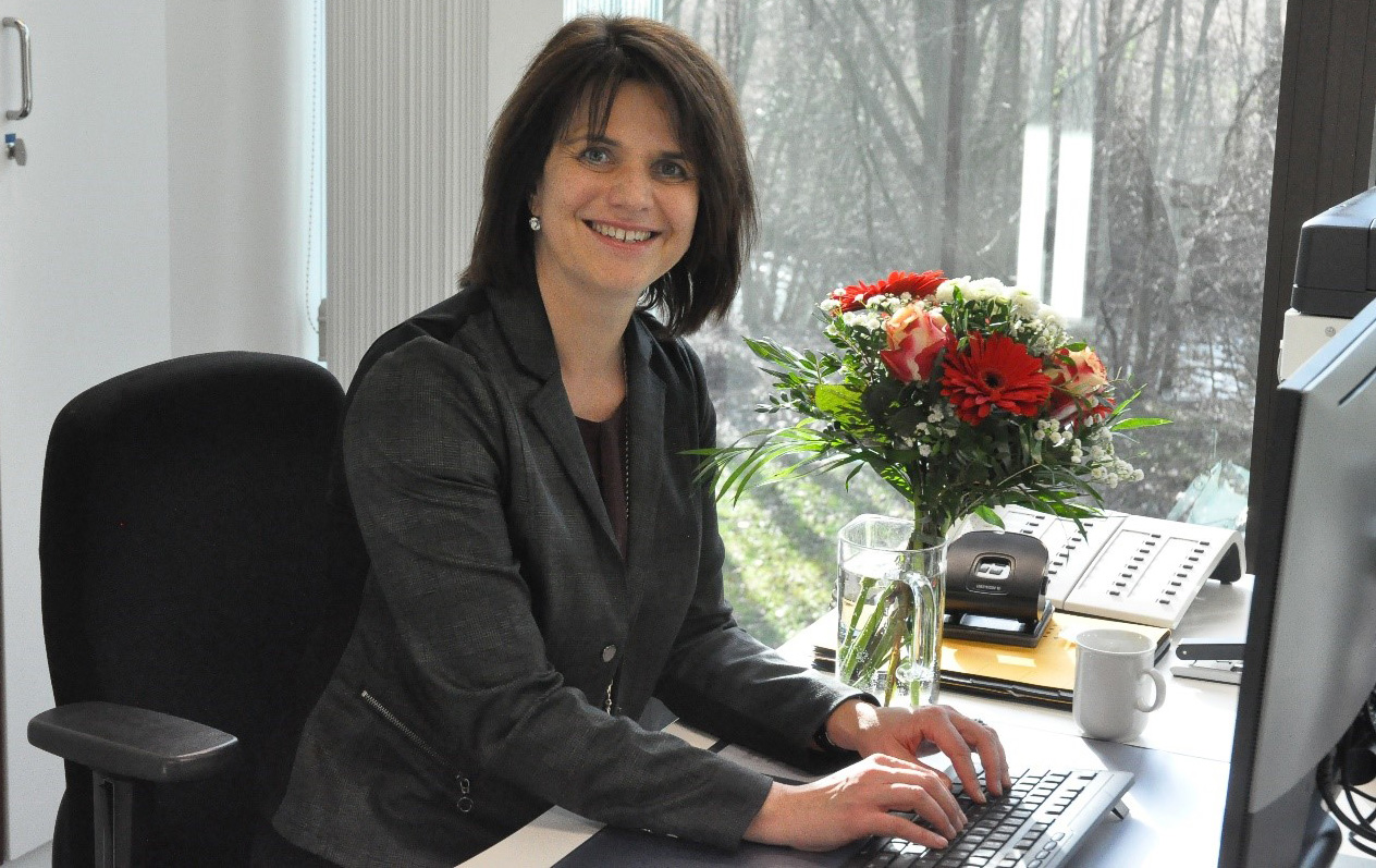 63d48df441ff We are pleased that Cordula Stratmann has joined our team as assistant to  head of chair on 01 February. We wish Mrs. Stratmann a good start at HNI  and we ...